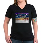 XmasSunrise/Fox Hound Women's V-Neck Dark T-Shirt