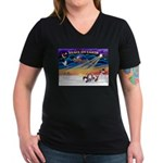 XmasSunrise/4 Cresteds Women's V-Neck Dark T-Shirt