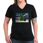 XmasMagic/ Shar Pei Women's V-Neck Dark T-Shirt