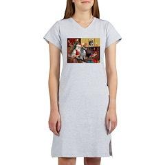 Santa/Keeshond Women's Nightshirt