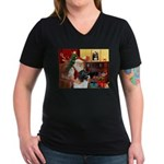Santa's Newfie (L) Women's V-Neck Dark T-Shirt