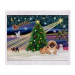 XmasMagic/Pekingese (red) Throw Blanket