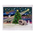 XmasMagic/Pekingese (R) Throw Blanket