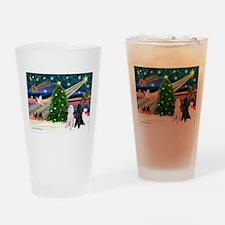 XmasMagic/2 Poodles (st) Drinking Glass