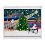 XmasMagic/Shih Tzu (11) Throw Blanket