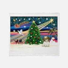 XmasMagic/Shih Tzu pup Throw Blanket