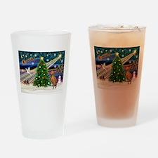 Xmas Magic & Vizsla Drinking Glass