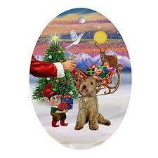 Santa's Treat for his Lakeland Oval Ornament