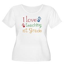 Love Teaching 1st Grade T-Shirt