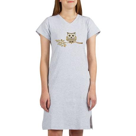 Wide Eyes Owl in Tree Women's Nightshirt