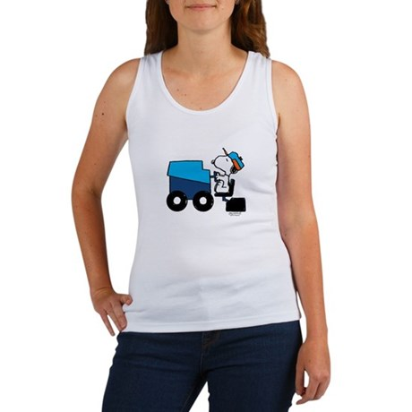 Snoopy Smooths the Ice Women's Tank Top