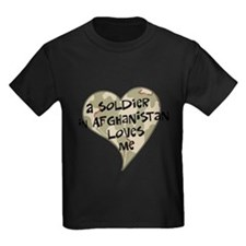 a_soldier_in_afghan_loves_me_camo_trans T-Shirt