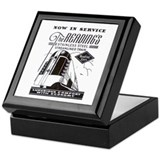 Crusader train t-shirt Square Keepsake Boxes