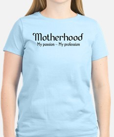 Motherhood for light backgrounds T-Shirt