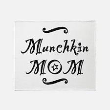 Munchkin MOM Throw Blanket
