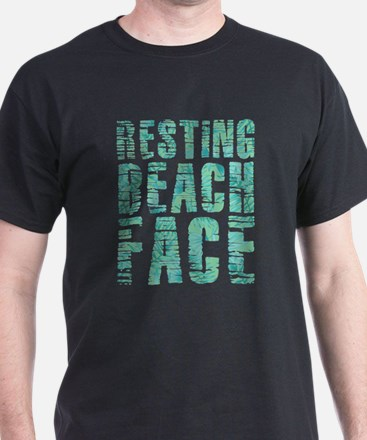 Resting Beach Face Print T-Shirt