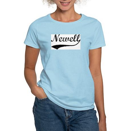 Newell - Vintage Women's Pink T-Shirt