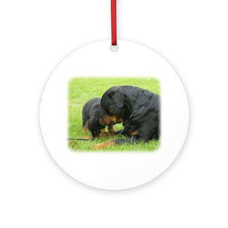 Rottweiler 9W025D-079 Ornament (Round)