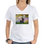 Garden (Monet) - Scotty Women's V-Neck T-Shirt