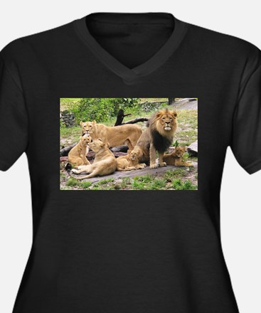 LION FAMILY Women's Plus Size V-Neck Dark T-Shirt