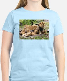 LION FAMILY T-Shirt