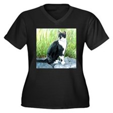 Louie the Tuxedo Cat Women's Plus Size V-Neck Dark