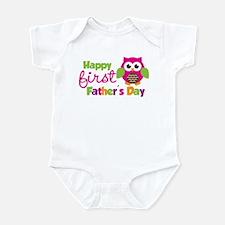 Girl Owl Happy 1st Fathers Day Onesie