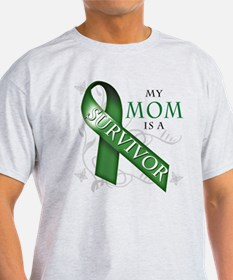 My Mom is a Survivor (green).png T-Shirt