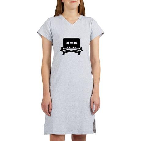 Cassette Jolly Roger Black Women's Nightshirt