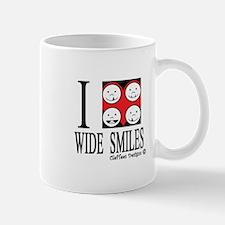 I heart wide smiles Mug