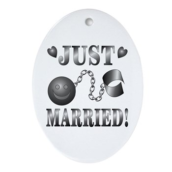 Just Married Oval Ornament