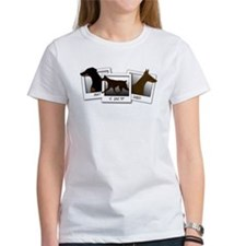 mustlovedobes T-Shirt
