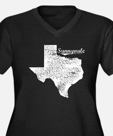Sunnyvale, Texas. Vintage Women's Plus Size V-Neck