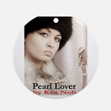Pearl Lover Ornament (Round)