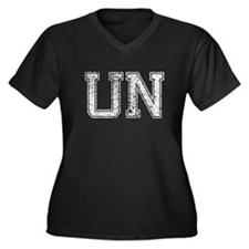 UN, Vintage Women's Plus Size V-Neck Dark T-Shirt