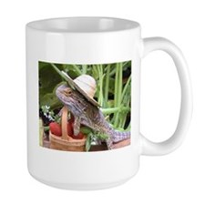 Gardener Spiny the Lizard Mug