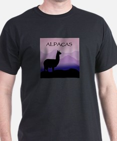 alpaca purple mountains Black T-Shirt