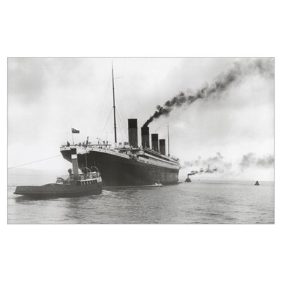 Titanic ready for her maiden voyage, 02 April 1912 Canvas Art