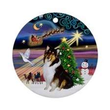 XmasMagic-Tri Color Collie Ornament (Round)