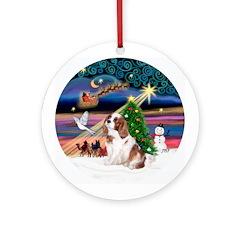 Xmas Magic / Cavalier Ornament (Round)