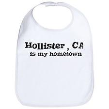 Hollister - hometown Bib