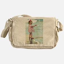 Child at the beach Messenger Bag
