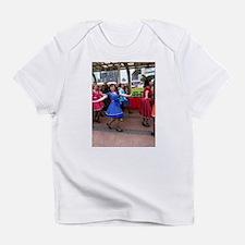 Lel loves to tap Infant T-Shirt