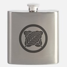 Intersecting oak leaves in circle Flask