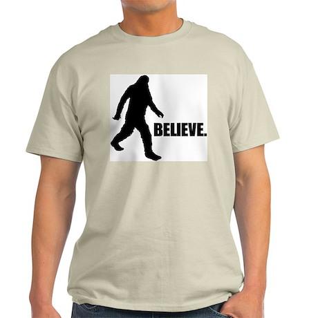 BELIEVE IN BIGFOOT Light T-Shirt