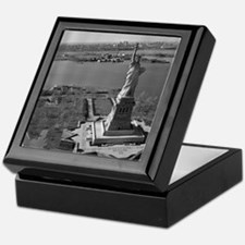 Vintage Statue Of Liberty Keepsake Box