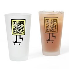 Keep on pushing qr-code Drinking Glass