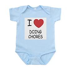 I heart doing chores Infant Bodysuit
