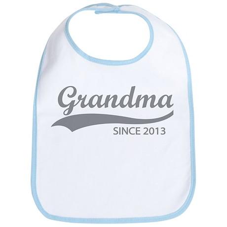 Grandma since 2013 Bib