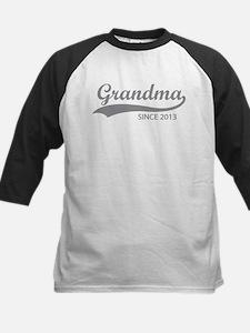 Grandma since 2013 Tee